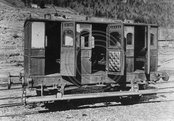 LNWRS 1864 Tri-composite carriage